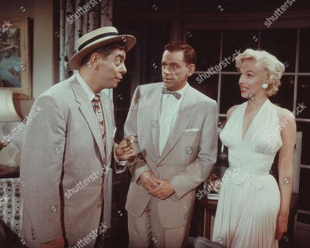 Robert Strauss, Tom Ewell, Marilyn Monroe