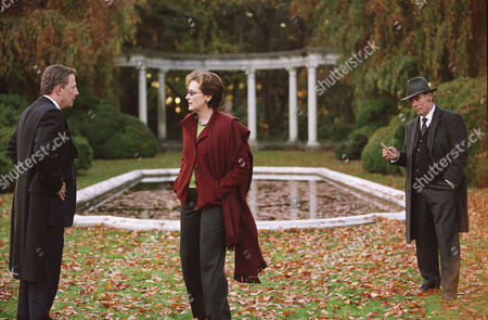 Editorial picture of The Manchurian Candidate - 2004