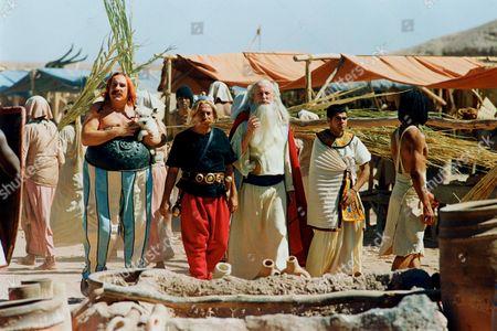 Gerard Depardieu, Christian Clavier, Claude Rich, Jamel Debbouze