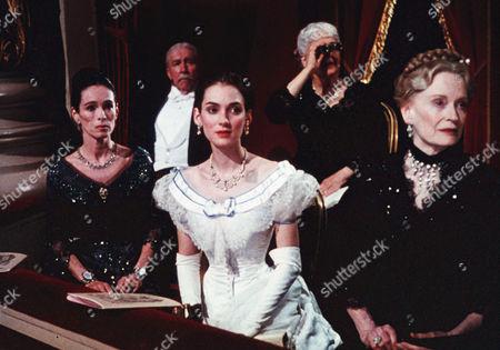 Geraldine Chaplin, Winona Ryder, Alexis Smith