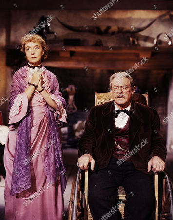 Lillian Gish, Lionel Barrymore