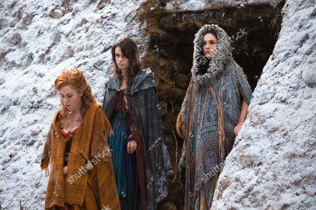 Anna Hutchison, Gwendoline Taylor, Jenna Lind