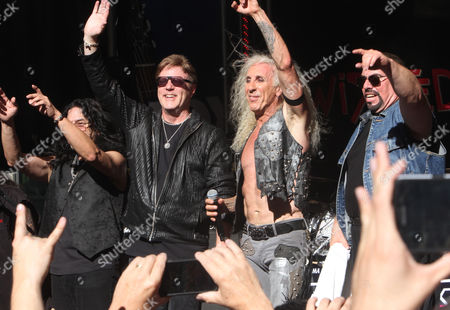 Stock Picture of Twisted Sister - Eddie Ojeda, Jay Jay French, Dee Snider, Mike Portnoy,