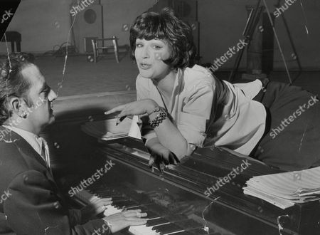 Actress Fenella Fielding With Author Sandy Wilson Rehearsing His New Musical Valmouth Which Opens In Liverpool.