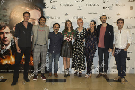 James Darcy, Alex Garcia, Koldo Serra, Maria Valverde, Ingrid Garcia-Jonsson, Barbara Goenaga, Julian Villagran and Victor Clavijo