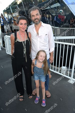 Cyril de Commarque and family
