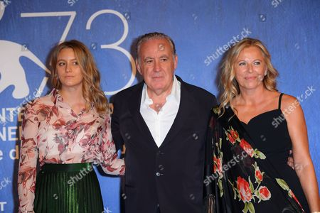 the director Michele Santoro with the daugher (left) and the wife Sanja Podgajski