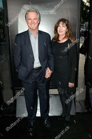 Jamey Sheridan and Colette Kilroy