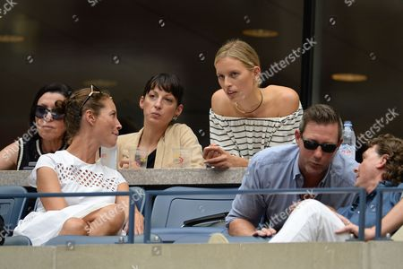Christy Turlington, Karolina Kurkova, Edward Burns