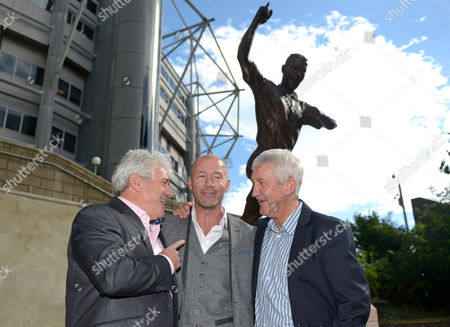 l-r Kevin Keegan (left) and Terry McDermott joins Alan Shearer (centre) during the unveiling of the Alan Shearer statue at St. James' Park, Newcastle upon Tyne on 12th September 2016