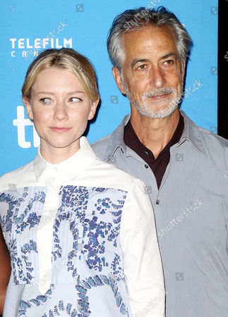 Valorie Curry, David Strathairn