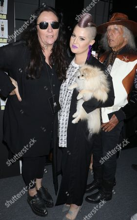 Kelly Cutrone and Kelly Osbourne backstage