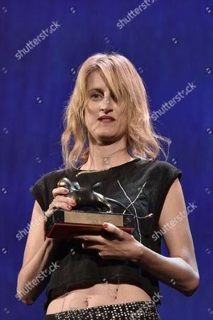 The Orizzonti Award for Best Director to Fien Troch for Home