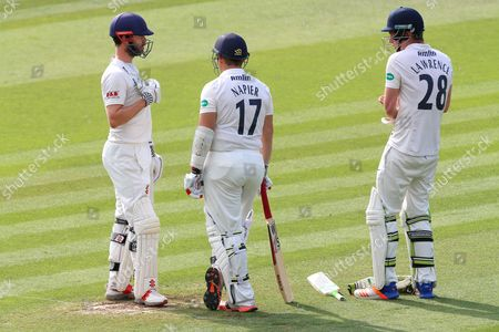 Essex batsmen James Foster (L), Graham Napier and his runner Daniel Lawrence during Essex CCC vs Glamorgan CCC, Specsavers County Championship Division 2 Cricket at the Essex County Ground on 14th September 2016