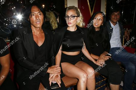 Stephen Gan, Lady Gaga and guest on front row