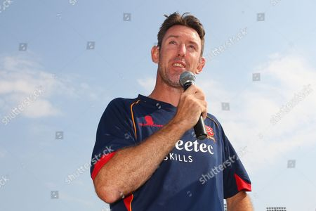 David Masters of Essex speaks to the fans as he announces his retirement from cricket at the end of the 2016 season during Essex CCC vs Glamorgan CCC, Specsavers County Championship Division 2 Cricket at the Essex County Ground on 15th September 2016