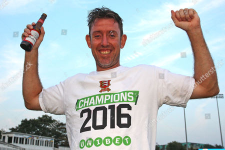 David Masters of Essex celebrate promotion during Essex CCC vs Glamorgan CCC, Specsavers County Championship Division 2 Cricket at the Essex County Ground on 15th September 2016