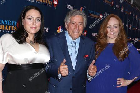 Stock Picture of Johanna Bennett, Tony Bennett and Antonia Bennett