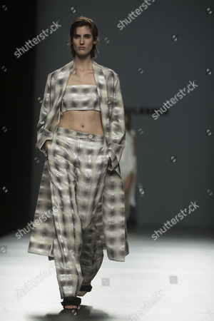 Amanda Moreno on the catwalk