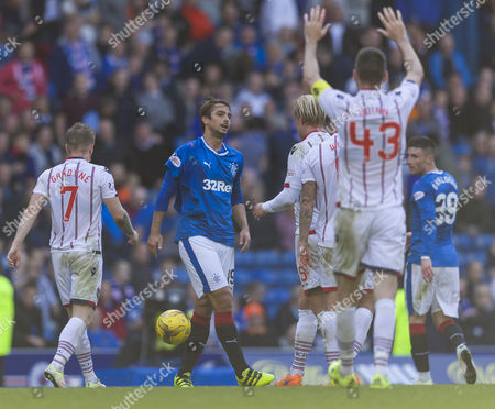 Niko Kranjcar of Rangers torn jersey during the SPFL Ladbrokes Premiership match between Rangers and Ross County at Ibrox Stadium, Glasgow on 17th September