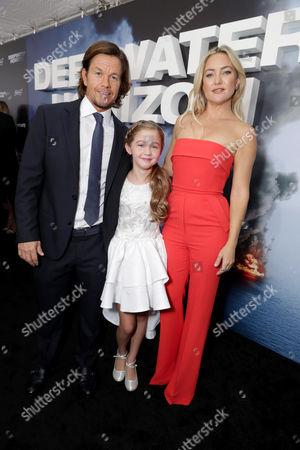 Mark Wahlberg, Stella Allen, Kate Hudson