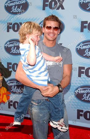 Stock Picture of David Boreanaz and son Jaden Rayne