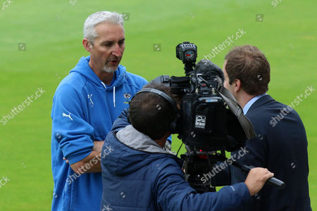 Yorkshire head coach Jason Gillespie speaks to the media during Middlesex CCC vs Yorkshire CCC, Specsavers County Championship Division 1 Cricket at Lord's Cricket Ground on 20th September 2016