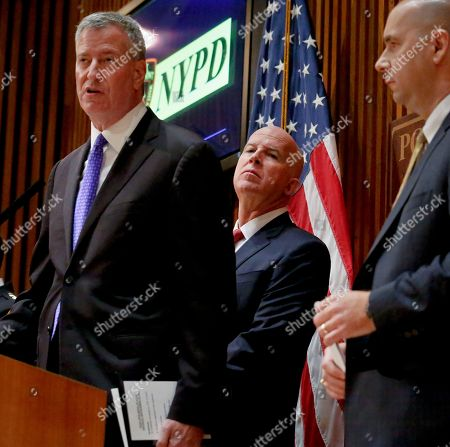 De Blasio, O'Neill From left to right, Mayor Bill de Blasio, New York Police Department Commissioner James O'Neill, center, and FBI Assistant Director Bill Sweeney, right, hold a news conference about the arrest of bombing suspect Ahmad Kahn Rahami