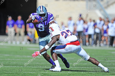 Florida Atlantic Owls defensive back Raekwon Williams (23) closes in on Kansas State Wildcats wide receiver Byron Pringle (9) for a tackle. VAU fell to Kansas State 63-7