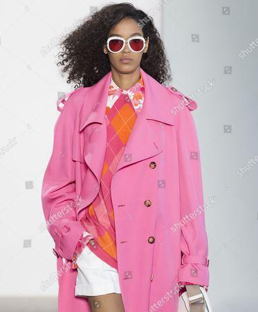Stock Picture of Luisana Gonzalez on the catwalk