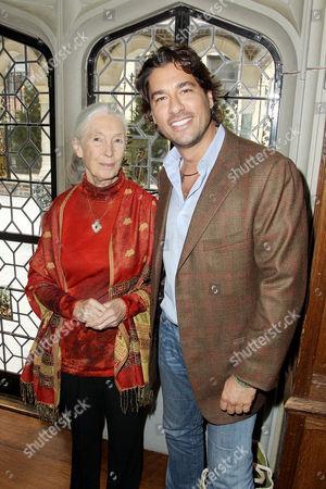 Jane Goodall, Josh Bernstein