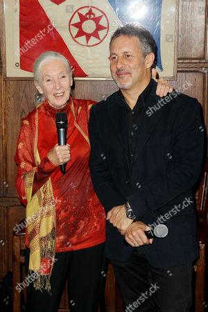 Jane Goodall, Richard Ladkani (Director)