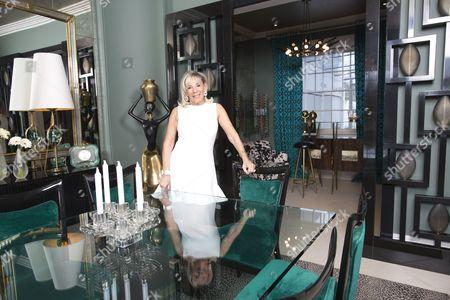 Stock Photo of Linda Plant