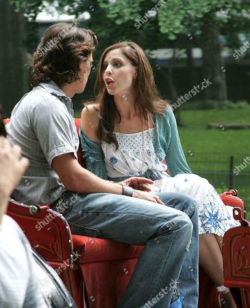 Stock Photo of Jay Rodan and Sarah Michelle Gellar