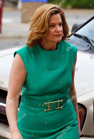 Jennifer Palmieri Jennifer Palmieri, a former campaign spokeswoman for former presidential candidate and Sen. John Edwards arrives at a federal courthouse in Greensboro, N.C., . Edwards is accused of conspiring to secretly obtain more than $900,000 from two wealthy supporters to hide his extramarital affair with Rielle Hunter and her pregnancy. He has pleaded not guilty to six charges related to violations of campaign-finance laws