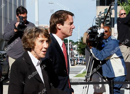 John Edwards, Bobbie Edwards Former presidential candidate and Sen. John Edwards arrives with his mother, Bobbie Edwards, at a federal courthouse in Greensboro, N.C., . Edwards is accused of conspiring to secretly obtain more than $900,000 from two wealthy supporters to hide his extramarital affair with Rielle Hunter and her pregnancy. He has pleaded not guilty to six charges related to violations of campaign-finance laws
