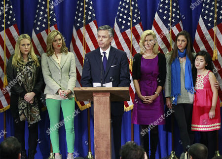 Jon Huntsman, Mary Kaye Huntsman, Gracie Huntsman, Elizabeth Huntsman, Mary Anne Huntsman Republican presidential candidate, former Utah Gov. Jon Huntsman, accompanied by his family, announces he is ending his campaign, in Myrtle Beach, S.C. From left are, daughters Elizabeth, Mary Anne, Huntsman, his wife Mary Kaye, and daughters, Abby, Gracie
