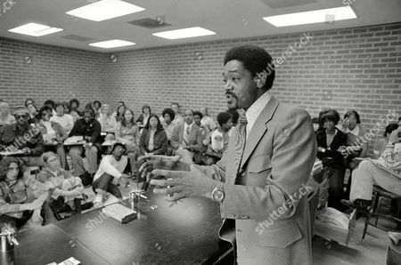 Bobby Seale addresses a class in urban development at Laney College in Oakland on in his bid to become the mayor of Oakland. Oakland voters go to the polls on May 15 to decide between Seale and Reading in a runoff election