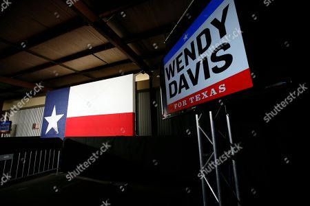 Wendy Davis, Election The signage hangs in front of the stage that is set for Texas Democratic gubernatorial candidate Wendy Davis at the watch party, in Fort Worth, Texas
