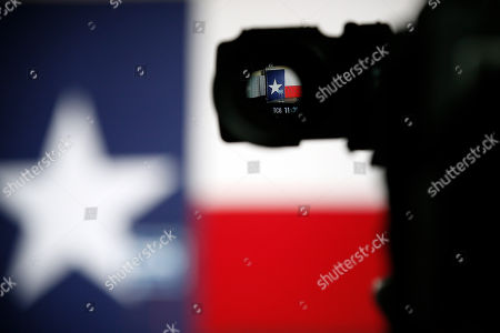 Wendy Davis, Eleciton The podium with a Wendy Davis sign on the stage is seen through the lens of a television camera at Texas Democratic gubernatorial candidate Wendy Davis' campaign watch party, in Fort Worth, Texas