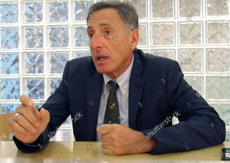 Peter Shumlin Democrat incumbent Vermont Gov. Peter Shumlin speaks during an interview with The Associated Press in Montpelier, Vt. Shumlin is seeking his third, two-year term in the Nov. 4, 2014 election, where he will face Republican Scott Milne and Libertarian Dan Feliciano