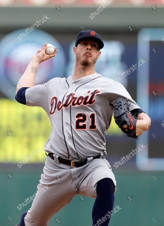Mark Lowe Detroit Tigers pitcher Mark Lowe throws against the Minnesota Twins during the first game of a baseball doubleheader, in Minneapolis. The Tigers won 9-2