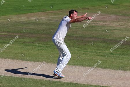 David Masters of Essex claims the wicket of Daniel Bell-Drummond during Kent CCC vs Essex CCC, Specsavers County Championship Division 2 Cricket at the St Lawrence Ground on 23rd September 2016