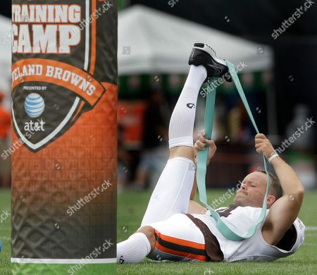 Phil Dawson Cleveland Browns kicker Phil Dawson stretches out during the opening day of Browns NFL football training camp in Berea, Oh. on