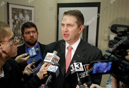 Rob Chudzinski Cleveland Browns coach Rob Chudzinski talks with reporters after a news conference announcing the hiring of Mike Lombardi as vice president of player personnel at the NFL football team's practice facility in Berea, Ohio