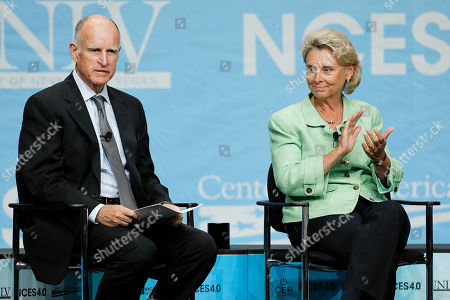 Jerry Brown, Christine Gregoire California governor Jerry Brown, left, and Washington governor Christine Gregoire are introduced at the start of a panel discussion on energy at the National Clean Energy Summit, in Las Vegas