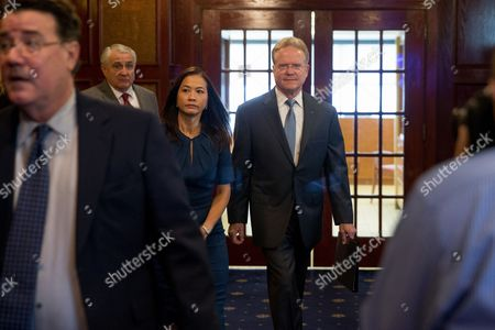 Jim Webb, Hong Le Webb Former Virginia Sen. Jim Webb, accompanied by his wife Hong Le Webb, arrives for a news conference to announce he will drop out of the Democratic race for president, at the National Press Club in Washington
