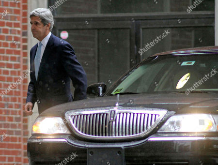 John Kerry Sen. John Kerry, D-Mass. arrives for the funeral service for Elizabeth Edwards at Edenton Street United Methodist Church in Raleigh, N.C., . Edwards, the estranged wife of former North Carolina senator and Democratic presidential candidate John Edwards, died Tuesday of cancer at the age of 61