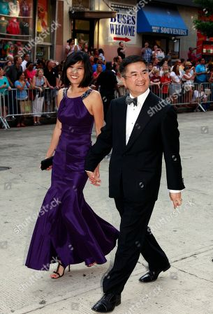 Gary Locke, Mona Lee Locke Secretary of Commerce Gary Locke, right, and his wife Mona Lee Locke, arrive at the Ford's Theatre Annual Gala in Washington. Ford's Theatre is honoring Julie Andrews and basketball star Kareem Abdul-Jabbar for their contributions that exemplify President Abraham Lincoln's legacy