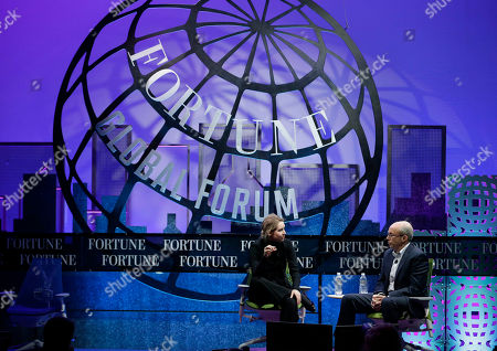 Elizabeth Holmes, Alan Murray Elizabeth Holmes, founder and CEO of Theranos, left, speaks with Fortune Editor Alan Murray at the Fortune Global Forum in San Francisco